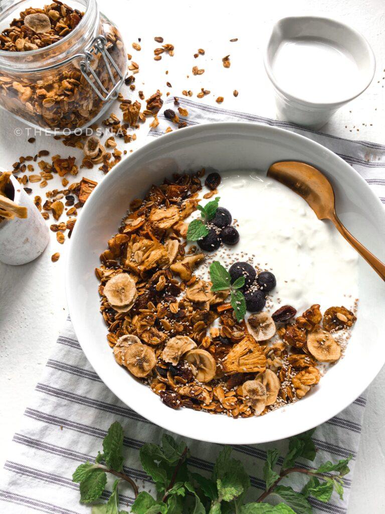 Trail Mix Breakfast Bowl